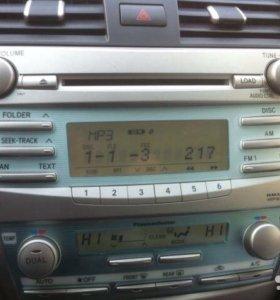 Штатная магнитола Toyota Camry 40