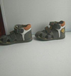 Ортопедические сандалии р-р 21