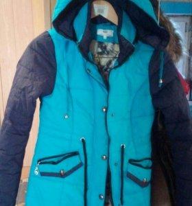 Продам куртку на девочку 15 16 лет