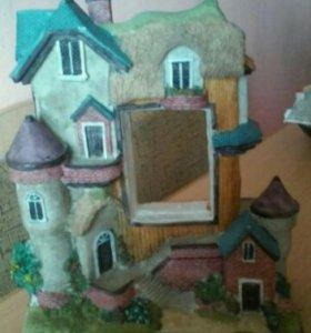 Декоративные замки.