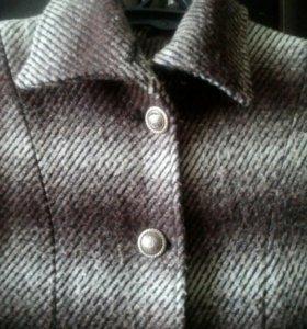 Пальто женское р.50-52