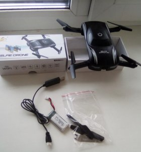 Квадракоптер-селфи дрон