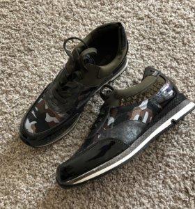 Новые стильные кросики