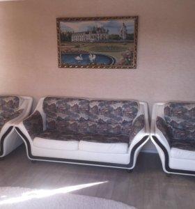 Уголок отдыха (диван +2 кресла)