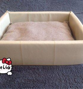 Лежак для собак и кошек.Экокожа.