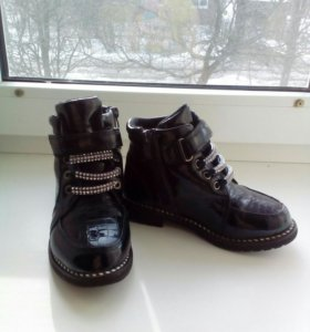 Ботинки на весну,осень