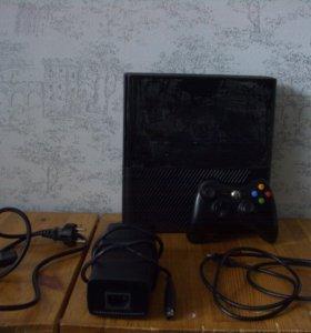 Игровая консоль (приставка) Xbox 360 Slim + 3 игры