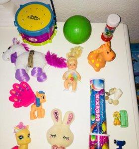 Всё игрушки за 100 рублей