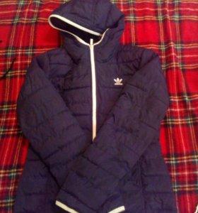 Новая Адидас куртка срочно