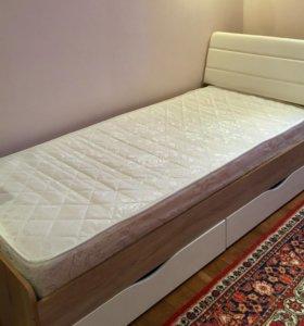Детская кровать, шкаф, тумба