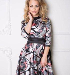 Платье новое размер 44-46