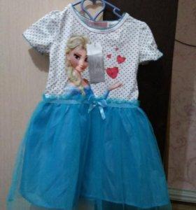 Платье на девочку..новое