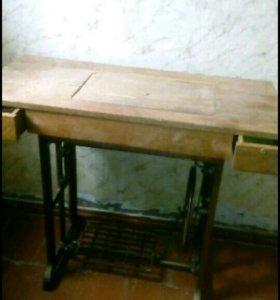 Швейная машина старинная