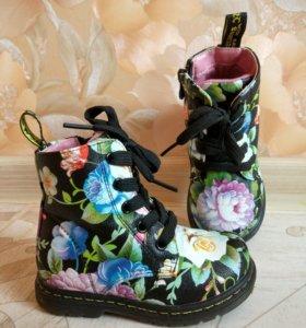 Ботинки на байке фирма Сказка 22 размер