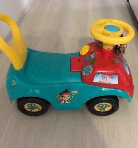 Детская машина-каталка