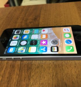 Apple iPhone SE 128 Gb Space Gray