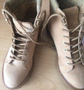 Ботинки весенние Bershka, 38 новые