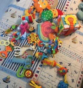 Развивающие игрушки для детей от 0-1,5 лет