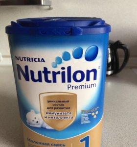 Смесь Nutrilon premium 1.