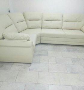 Кожаный диван угловой НОВЫЙ