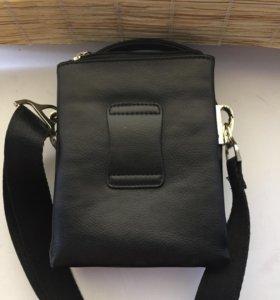 Удобная маленькая сумка наплечная