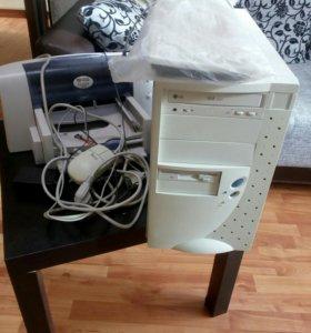 Системный блок и принтер