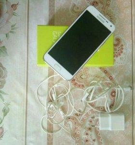 Телефон самсунг е5