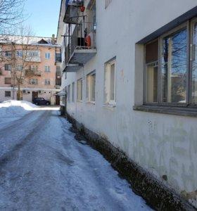 Квартира, 3 комнаты, 46 м²