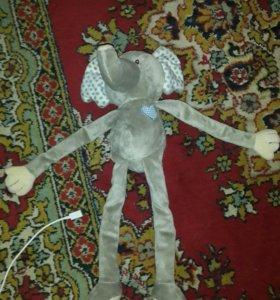 Игрушка слоник для малышей 0+