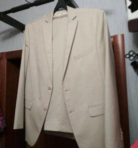 Костюм 52 размер, пиджак Van Cliff, брюки Kufner