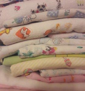 Пеленки, простыни в детскую кроватку