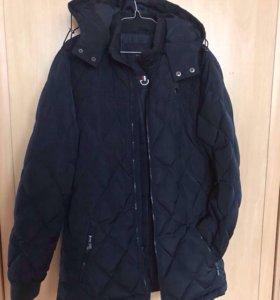 Куртка-пуховик зимняя, темно-синего цвета 46размер