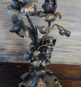 Подсвечник кованый с цветами