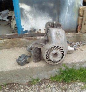Двигатель моторойлера