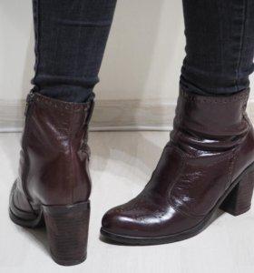 кожаные ботильоны на каблуках