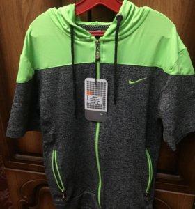 олимпийка Nike с короткими рукавами