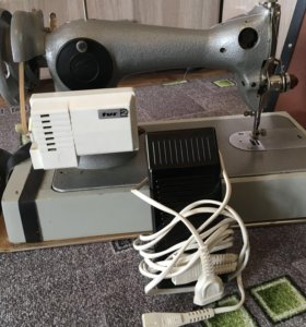 Швейная машинка TUR2