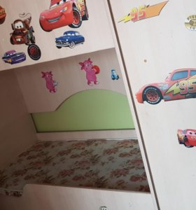 Кровать в детскую , шкаф