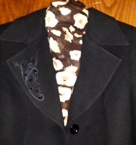 Пальто женское 44-46 размера