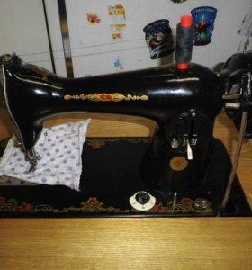 ножная швейная машина Подольская