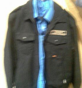Костюм с брюками и рубашка охранника