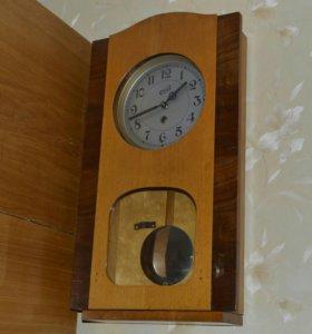 Часы- ходики 1950г.