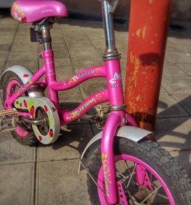 Детский велосипед + два колёсика