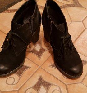 Ботинки Mascotte нубук (38 размер)