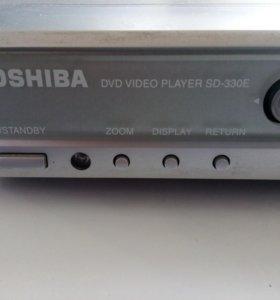 Очень качественный DVDпроигрыватель Toshiba SD330