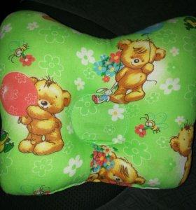 Подушка для новорожденных