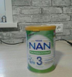 Детская смесь Nan кисломолочная