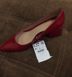 Туфли женские Zara новые