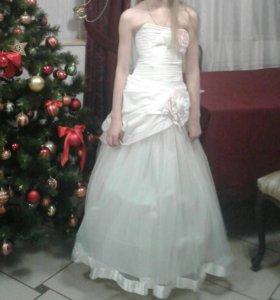 Платье для девочки на 8-11 лет
