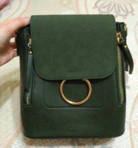 Сумка рюкзак новые зеленая